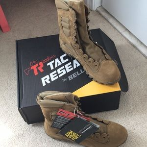 Belleville Tactical Research  Boots New Size 12W